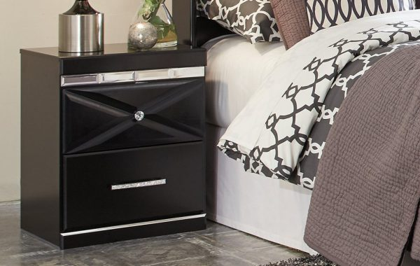 Fancee Nightstand